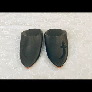 Other - Brand new - black Morrocan toddler slippers